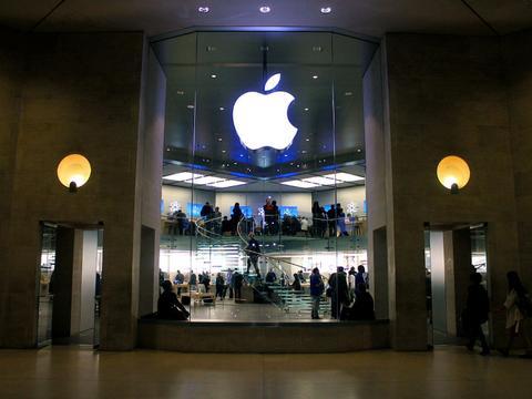 iPhone修正隐私问题,让用户删除Siri录音记录