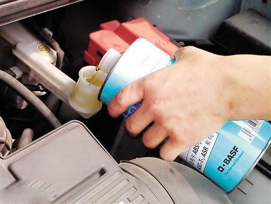 马上就要入冬,不仅仅是换机油,汽车这4个地方不管也是白搭