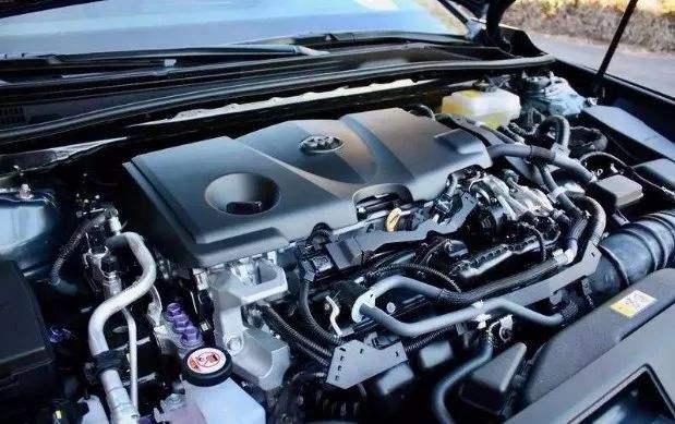 首次入华的中型合资轿车,运动范十足,油耗低至4.3L