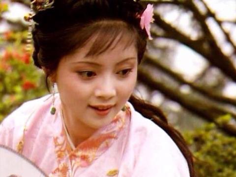 薛宝钗的极简主义带给读者的思考,从她的住所蘅芜苑说起