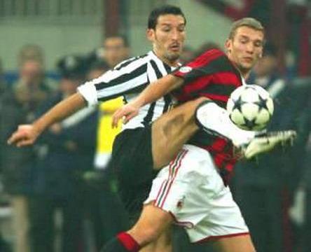 16年前今天AC米兰1比1尤文 特雷泽盖肘击西米奇+舍瓦PK赞布罗塔