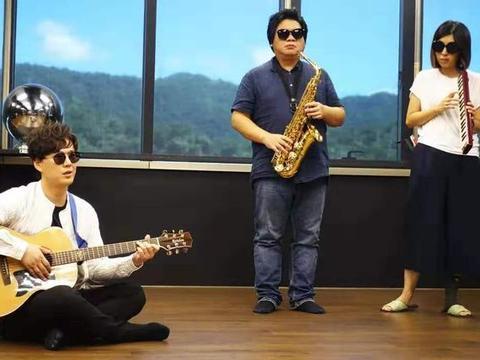 萧煌奇因为二次失明写了这首歌,被林宥嘉翻唱火了十年
