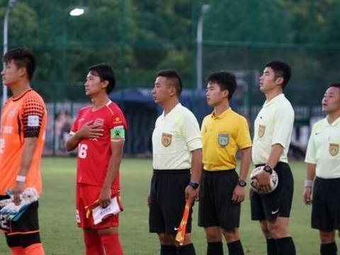 上海4-2冲乙成功!申鑫迎中乙德比,西安一年游:被踢出职业联赛
