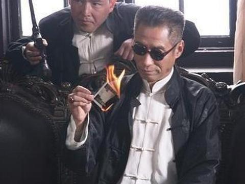 """60岁刘佩琦近照,演了一辈子配角,坦言后悔让妻子""""守活寡"""""""