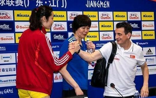 国际体育-朱婷恩师迎新里程碑!郎平也曾指点他