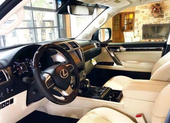 2020款雷克萨斯GX实车现身,搭V6V8自吸动力,标配全时四驱够劲