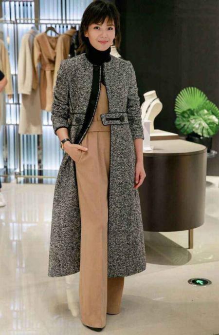 明星大衣如何搭配,刘涛、宋佳杨紫、杨幂这样搭配,既高端又时尚