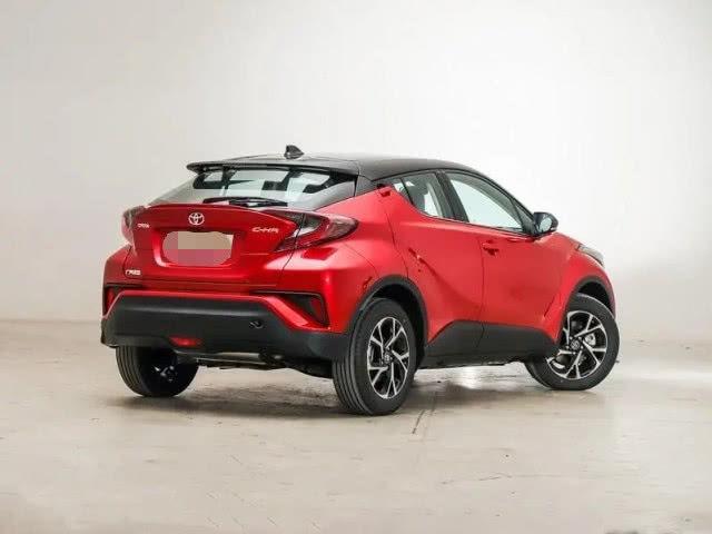 2020款丰田C-HR进店!换装1.5T引擎五款车型可选,或17W能活?