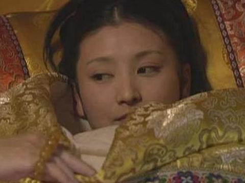 从甄嬛、眉庄等各宫小主初次侍寝的表现分析她们的性格