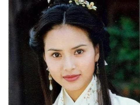 李若彤晒仙气婚纱照,圆了妈妈的梦,但目前很享受一个人的生活
