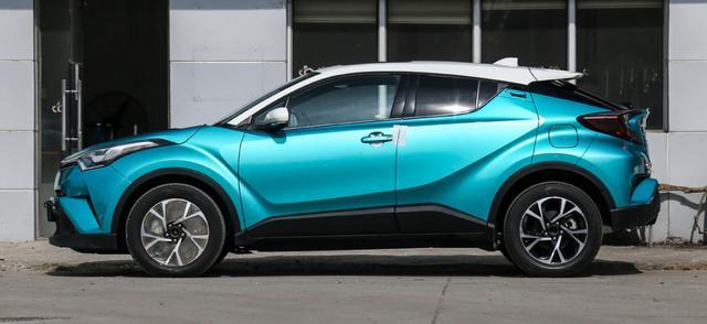 10气囊+10挡变速,这日系SUV配2.0L纯进口发动机,卖14万出头