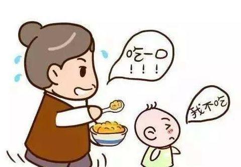 宝宝吃饭像打仗,总要追着喂饭才肯吃?学会5招孩子主动爱上吃饭