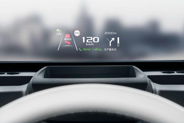 加速7.9S、续航超500公里、开上这3款纯电轿车最有面子