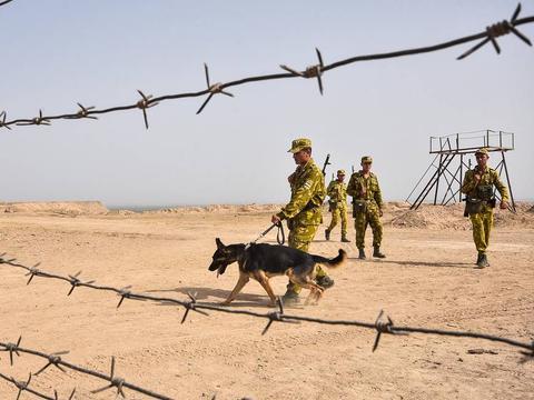塔吉克斯坦边防哨所遭ISIS袭击,15名袭击者被打死