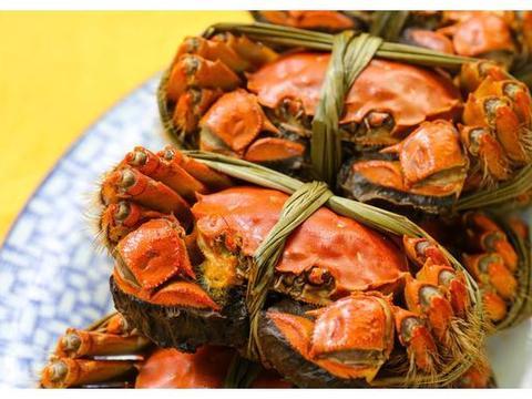 合肥工业大学食堂推出新菜品 二两大闸蟹8元1只