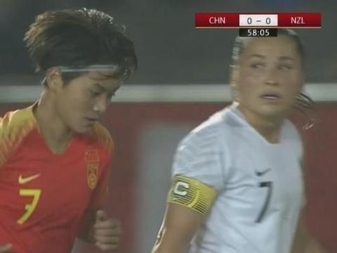 恭喜!中国女足1-0新西兰杀进决赛,王霜绝杀,贾秀全换人收奇效