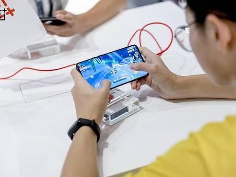 印度高端手机市场出货量正式公布,苹果第三,三星第二