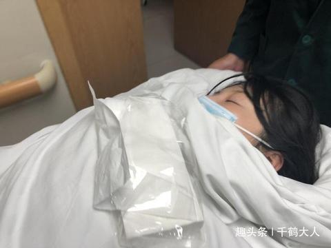 大嫂徐冬冬做美容手术出意外,被送往急救中心抢救,已脱离危险