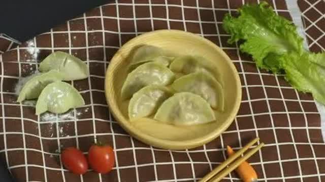 翡翠白菜蒸饺 适龄