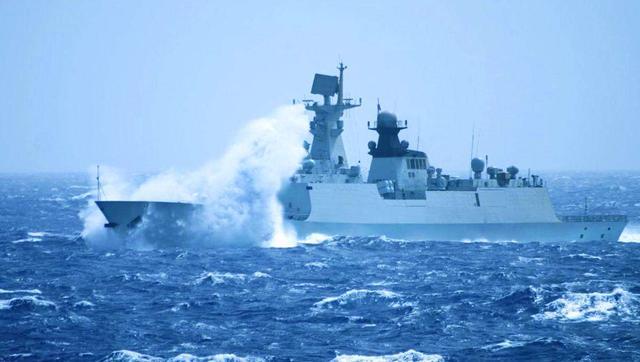 韩国不满萨德遭到报复,主动赠送越南护卫舰出港即被054A舰盯上