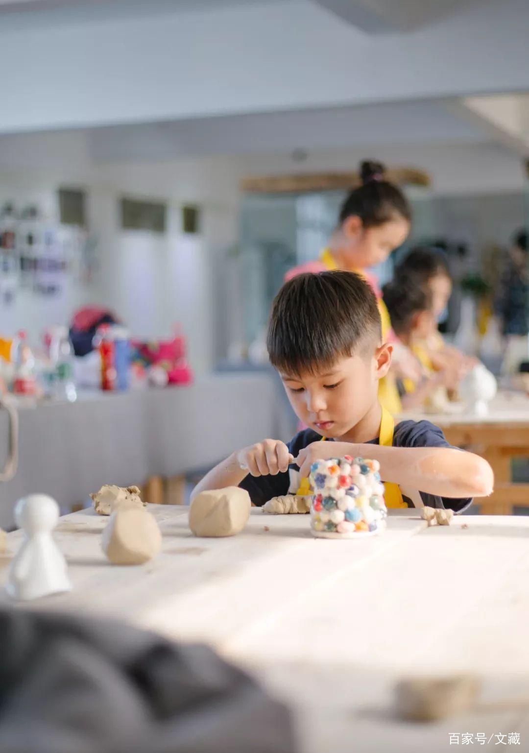 对话丁丁:景德镇,用陶瓷美育打动人心