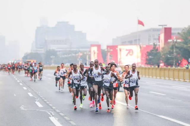 马拉松冠军都是外国人的,中国办马拉松还有意义吗?