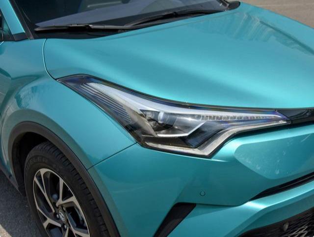 这款小型的SUV,丰田制造质量靠谱,171马力,50升油跑700多公里
