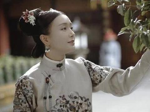 """她饰演《新萧十一郎》,被网友称为""""逗比女侠""""生活中却楚楚动"""