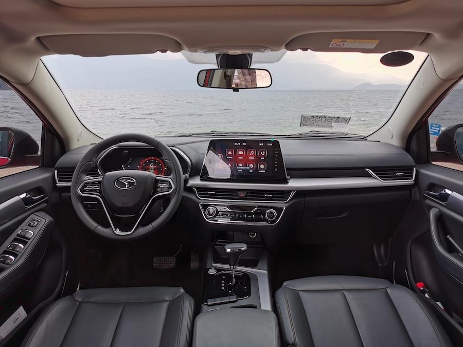 试驾东南DX5:设计与法拉利同源,开起来呢?