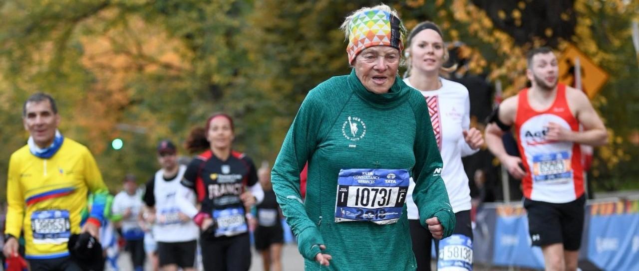 86岁老太太完赛纽约马拉松:你怎样对待生命,生命就怎样对待你!