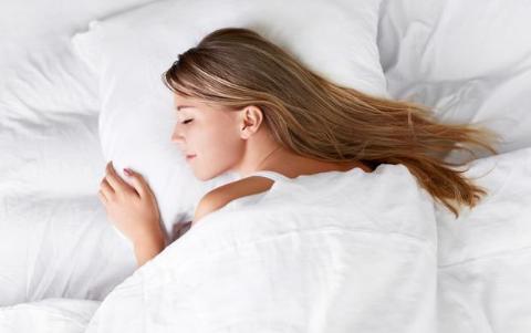 患上多囊卵巢综合症难受孕?女人别焦虑,做好4点能助孕