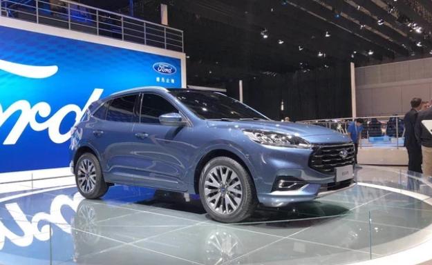 长安福特Escape将于广州车展公布中文名,两种动力,或配8AT