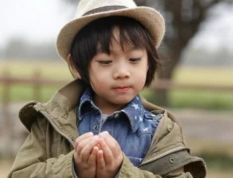 为何林志颖不晒kimi的照片了,看到长大后的样子,真是一言难尽
