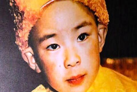 如今的11世班禅,作为藏区的宗教领袖,是如何成就大师之路?