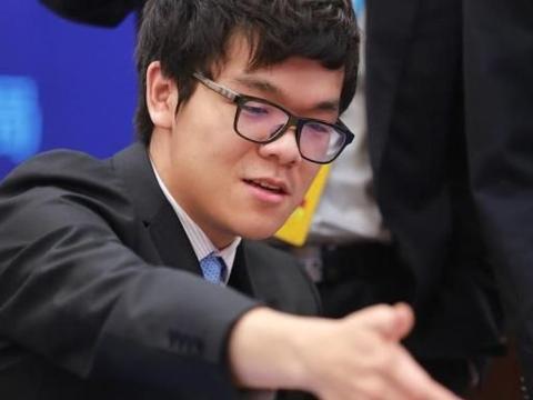 柯洁回勇连续两场比赛屠龙大胜 时越范廷钰柁嘉熹均遭败绩