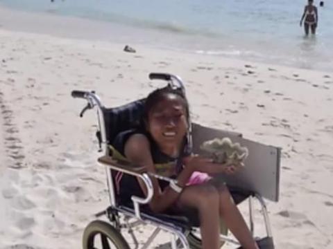 轮椅女孩607分考上四川外国语大学!父母这句话让她善良又优秀