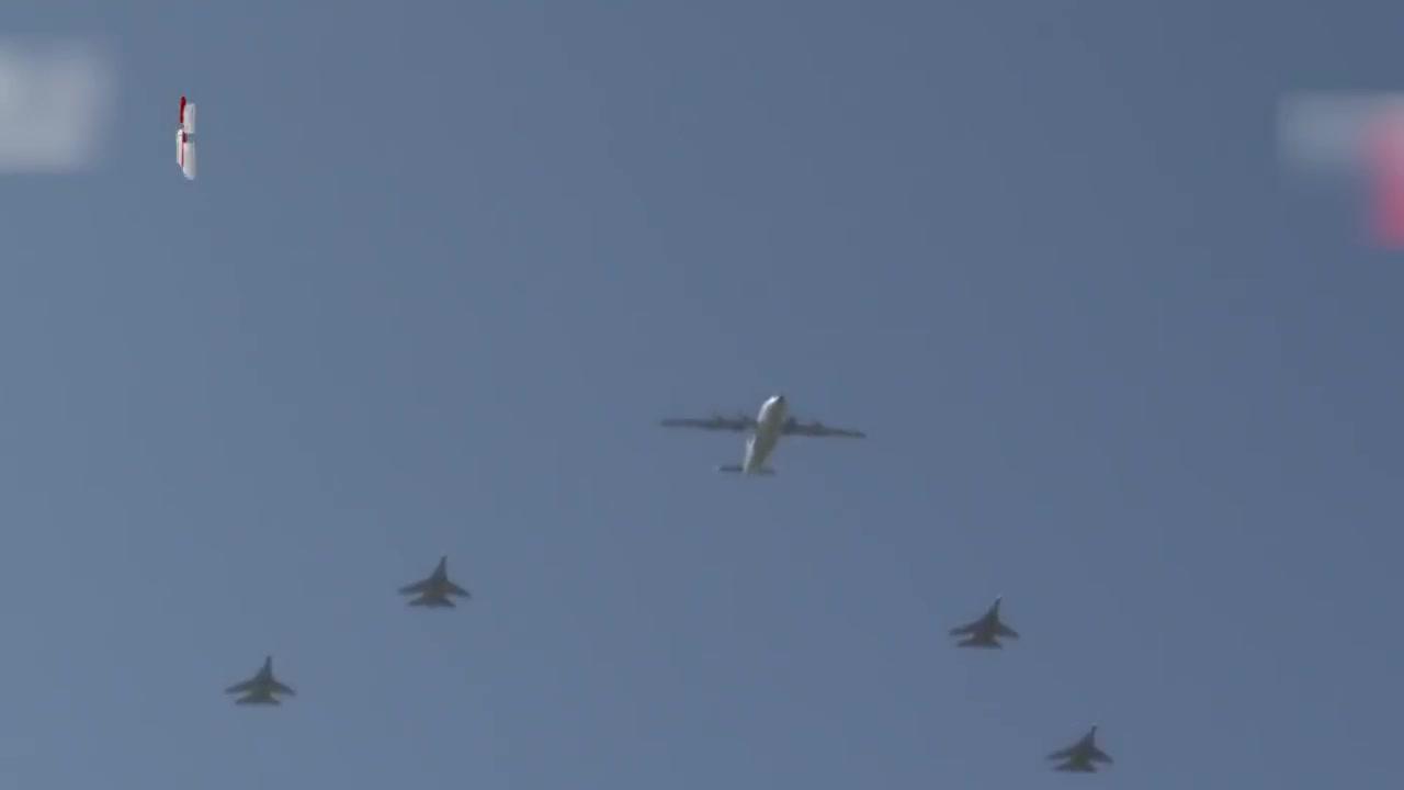 """中国空军""""晒娃""""模式开启,多型预警机同时亮相,空军专家透露重大讯息"""