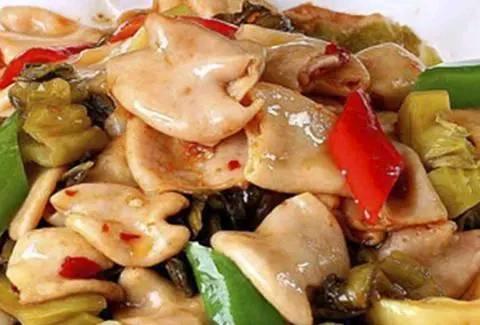 美食:排骨炖小土豆,麻婆豆腐鸡,炝拌黑木耳
