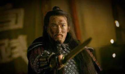"""荆州古墓出土的千年宝剑,上演""""滴血认主"""",为何剑在楚墓?"""