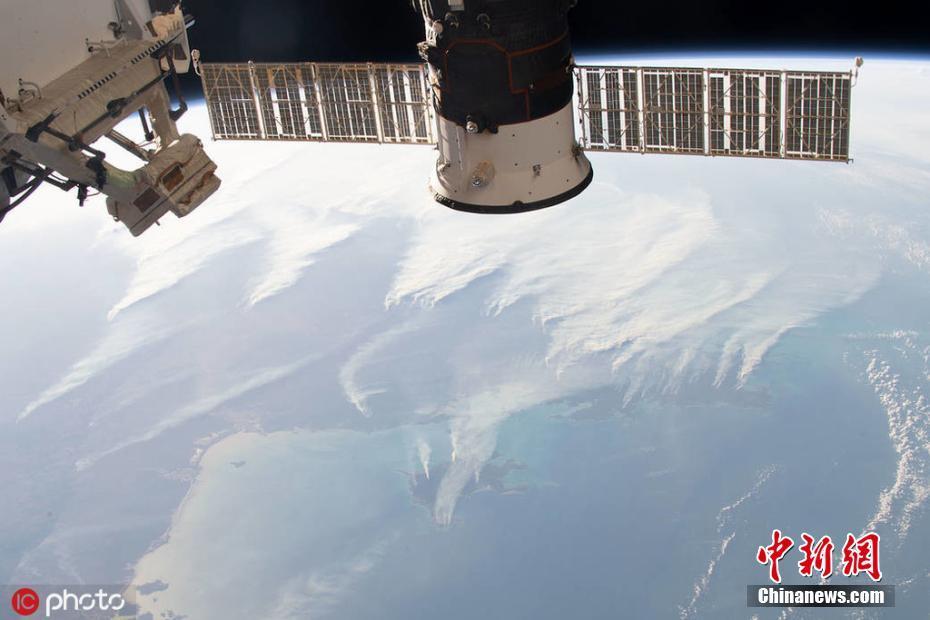 澳大利亚山火肆虐 国际空间站能拍到浓烟澳大利亚山火肆虐 国际空间站能拍到浓烟
