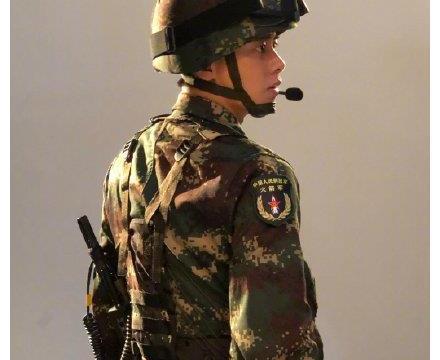 李易峰拍摄号手就位去军训体验,回来以后对部队的馒头念念不忘