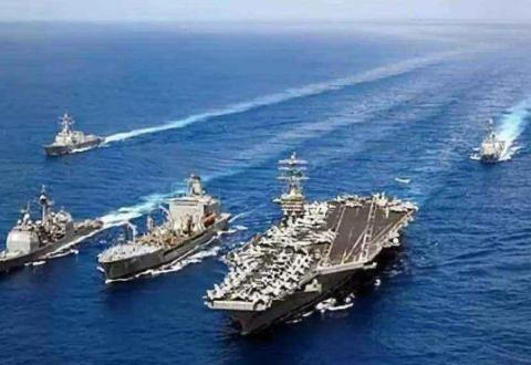 """伊朗宣布发现""""聚宝盆"""" 美航母中途突然加速 专家说得很在理"""