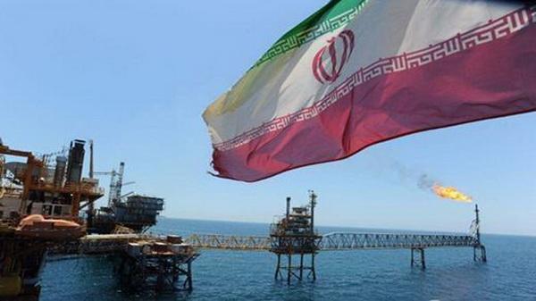 伊朗发现新油田,储量相当于美国总量,多国军舰驶向波斯湾