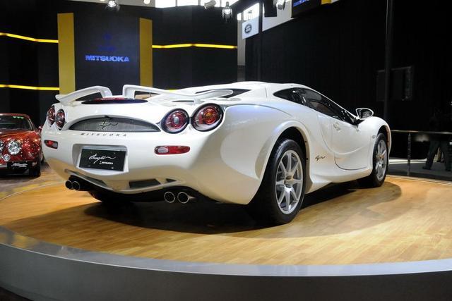 这台加速比思域慢,却比思域贵十多倍的跑车你见过么?