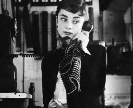 复古浪潮下的革新之作,奶奶衫成无限极时尚圈新潮流
