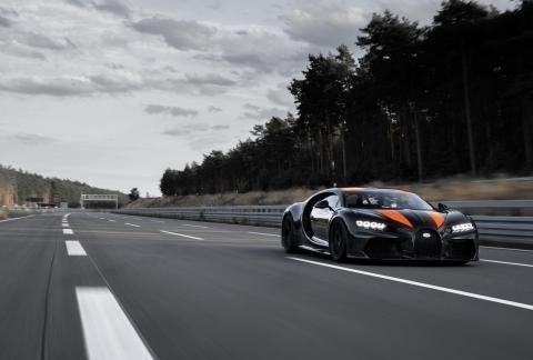 好马配好鞍:助力布加迪凯龙300+创造新纪录的米其林赛车轮胎