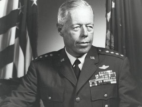 二战期间,5000多美军官兵获得了陆军优异服役十字勋章