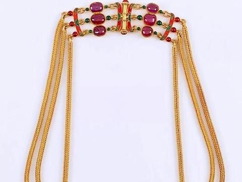 珠宝欣赏:36颗大钻石总重超475克拉,奢华程度简直令人惊叹