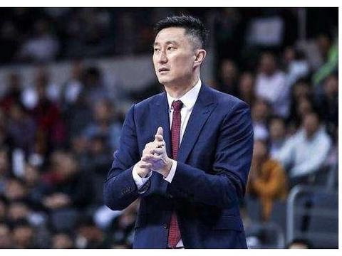 爆发一季?王仕鹏接班人正式跻身广东轮换阵容,杜峰真敢给机会!