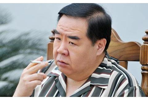 香港娱乐圈4大胖子,洪金宝地位不算高,最后一个向华强都敬三分